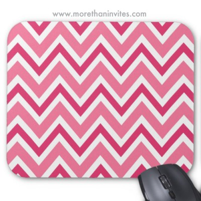 Cute, girly mouse mat in two shades of pink